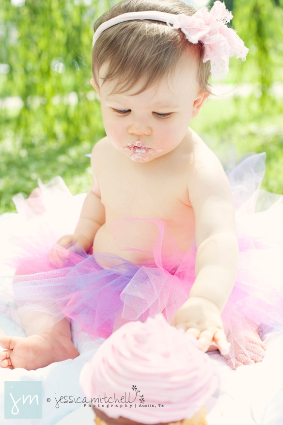 children-photography-austin-tx-first-year-cake-smash-jessica-mitchell-photography-Brylie1