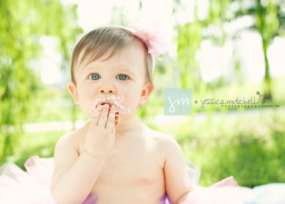 children-photography-austin-tx-first-year-cake-smash-jessica-mitchell-photography-Brylie4